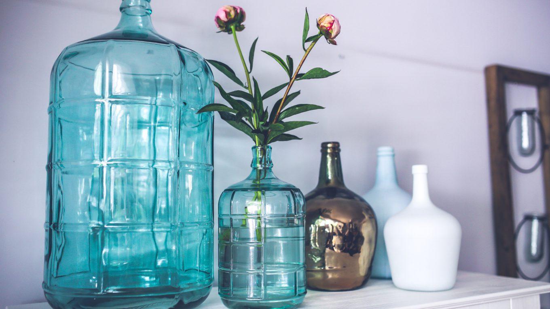 styl skandynawski i szklane elementy w domu